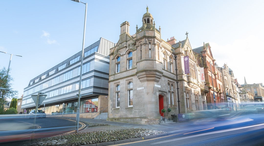 Welcome to Falkirk Business Hub. From serviced offices and coworking areas to conference facilities and a coffee shop, we have the professional space you need. Located in the heart of Falkirk, the Hub is where local businesses come together to meet, work and create.